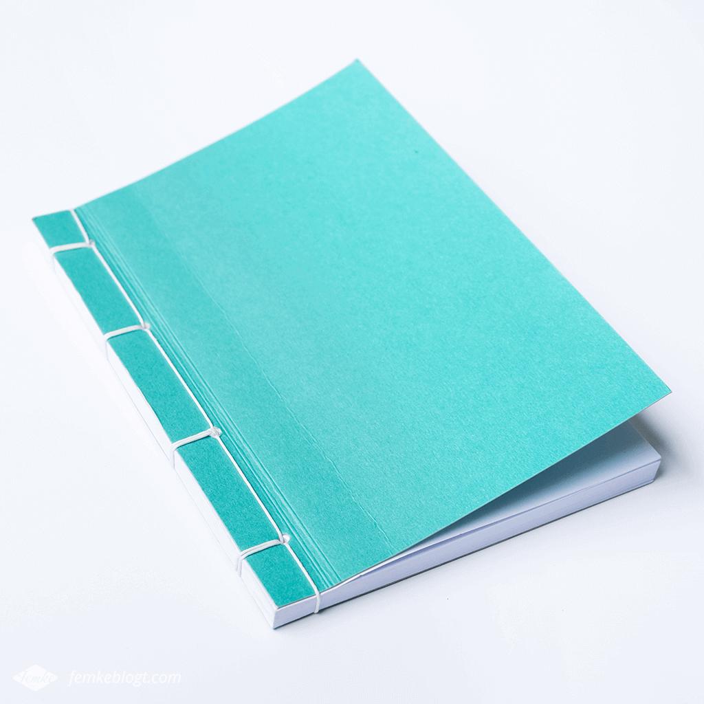 Mijn favoriete notitieboekjes   Aqua blauw notitieboekje met Japanse binding van de Hema