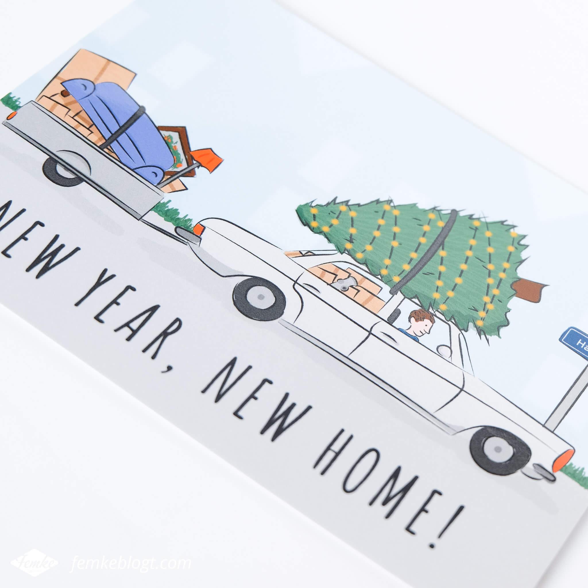 Verhuiskaart ontwerp New year, new home! | De voorkant van de verhuiskaart met daarop een illustratie van een auto en de tekst 'New year, new home!'