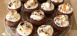 Doei oktober, hallo november! | Dr. Oetker zondag bakdag challenge, Oreo cupcakes